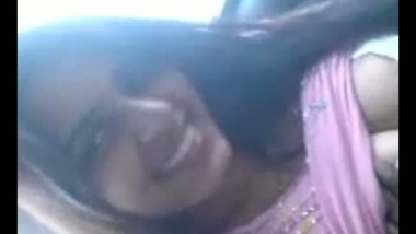 Desi beauty Kanchan in car showing boobs and pussy