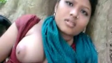 Porn sites featured Kanpur village girl Shona�s outdoor fun