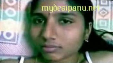 Tamil aunty undressing in bathroom MMS