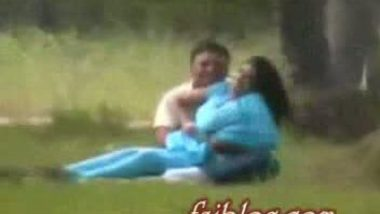 Desi college student outdoor masti on park