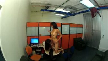 Dubai young girl lesbian office sex with boss