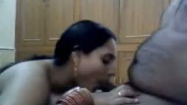 House wife Priya bhabhi's cam sex with horny devar