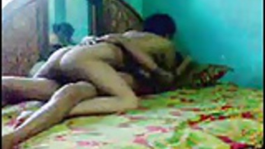 Desi couple fuck on bed