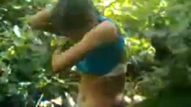 Indian village teen outdoor porn clip