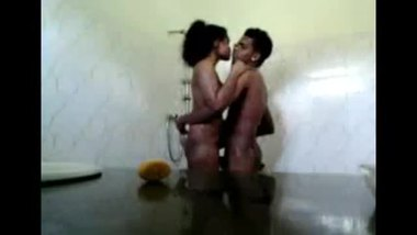 Delhi Guy Enjoying His Neighbor In The Shower