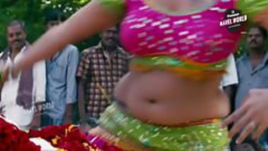 Gayathri Raghuram Big Fat Navel Show
