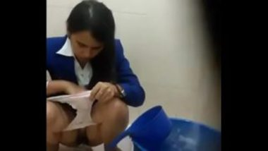 Sexy Indian Air Hostess Peeing