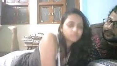 Chatroulette Very cute Indian girl with amazing boobs plays