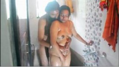 Shower Sex Video Of Hot Indian Wife And Husband
