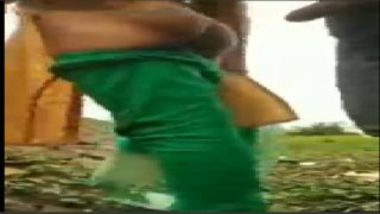 Hot Telugu Aunty Fucked Outdoor In Village