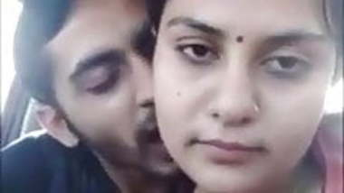 Desi Gujrati girl Ananya has car sex with her boyfriend.