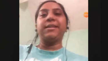 Desi Bhabhi Showing Her Boobs on Video Call