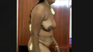 Bhabi nude captured