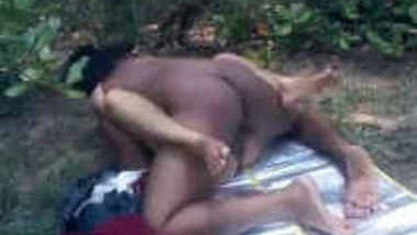 horny indian couple sex in park