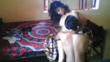 Desi girlfriend sucking dick of bf and boob suck and pussy suck