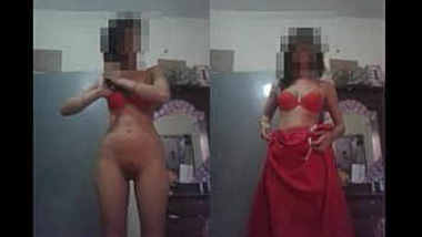 Horny Indian Girl Strip saree And Showing her boobs and pussy