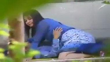 Desi amateur college girl enjoying passionate sex outdoors scandal