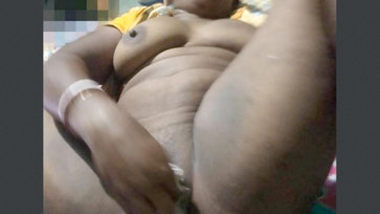 Desi village bhabi hot fucking1